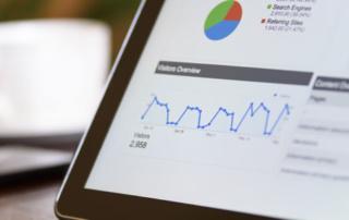 10 logiciels d'analyse de données pour booster votre site !
